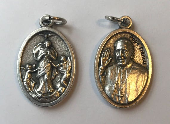 5 Patron Saint Medal Findings, Undoer of Knots, Pope Francis, Die Cast Silverplate, Silver Color, Oxidized Metal, Made in Italy, Charm