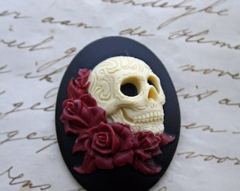 DAY of the DEAD Sugar Skull with Roses Cameo Cabs Cabochon Day of the Dead Dia de los Muertos Skull Black Ivory 40x30mm 1 PIECE