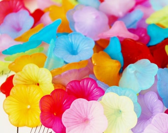 30 8x21mm Frosted Flower Beads