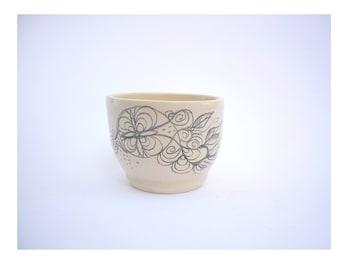 tasse en céramique,dessin attrappe rêve tass illustré,double expresso,tasse faitmain, bol dessiné,cadeau artisanal,cadeau art,petit bol
