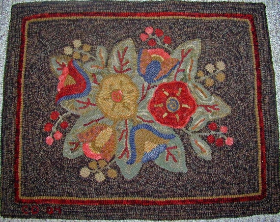 "Rug Hooking PATTERN, Primitive Floral #3, 24"" x 30"", P120, Flowers, Leaves, Berries, Folk Art Floral"