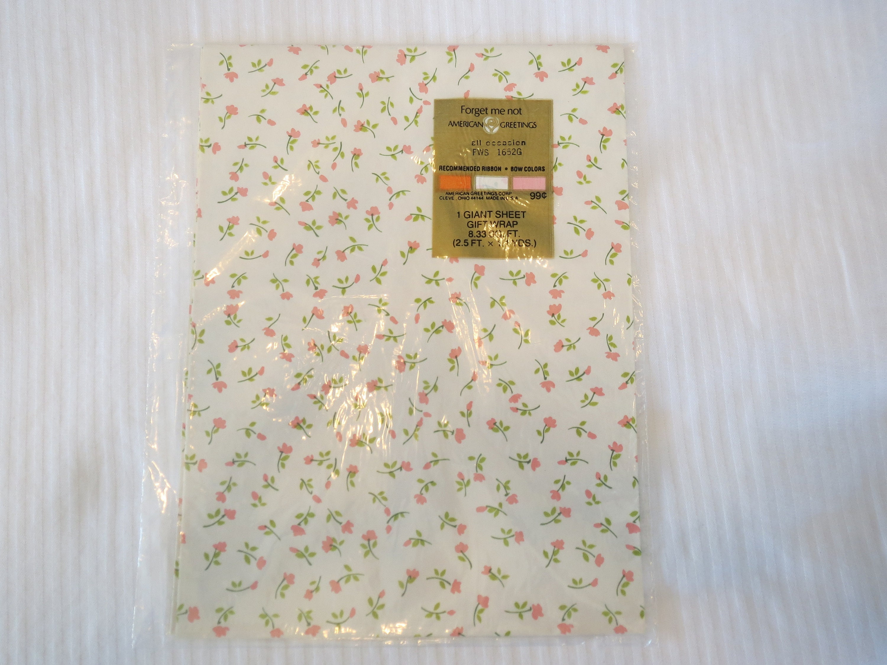 Vintage Gift Wrap Wrapping Paper Nos Floral Roses