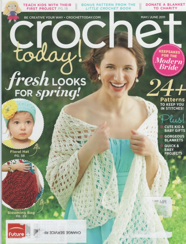 Crochet Today! - May/June 2011 - Bag, Beach Mat, Wizard\'s Cape ...