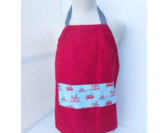 Adjustable apron with fire truck pocket