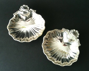 Vintage 2 Matching Clamshell Dishes Silverplate Trinket Dish/Serving Dish/Soap Dish