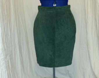 Paris Sport Club Universal Green Suede Leather Skirt Size 13