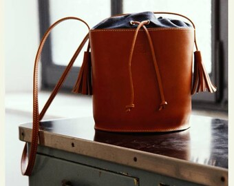 LEATHER BUCKET BAG - Woman bag - Custom leather bag - Crossbody bag - Handbags - Evening bag - For her - Made in Italy bags - Basket bag