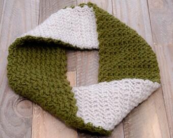 CROCHET PATTERN - The D'Anna Infinity Cowl Crochet Pattern - Infinity Scarf Crochet Pattern - Diy Crochet Pattern - Unique Cowl Pattern