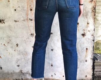 1970s Dark Wash Levis 624 Orange Tab Slim Cut Jeans 27