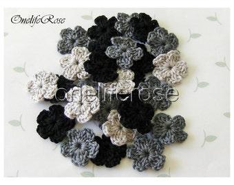 15 pcs Mini Crochet Flowers  BLACKS