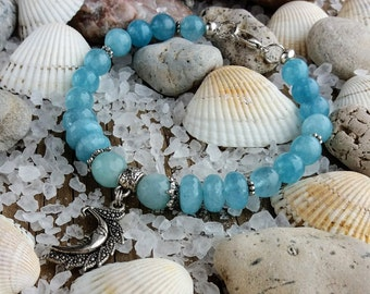 Aquamarine bracelet March birthstone bracelet March birthstone jewelry Blue stone bracelet Aquamarine jewelry Beaded bracelet Moon jewelry