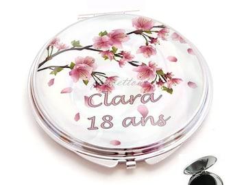 miroir de poche ,cabochon resine fleur de cerisier , prenom + age
