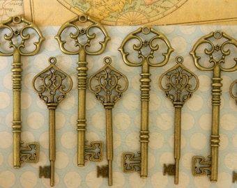10 large skeleton keys bronze keys Victorian steampunk keys supplies wedding favors skeleton key old vintage keys bulk charms clés santa key