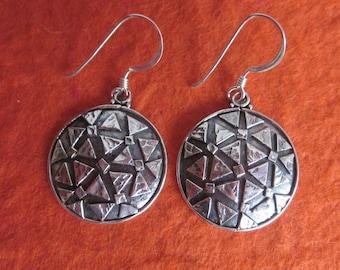 Balinese Silver sterling Circle Dangle Earrings / silver 925 / Bali handmade earrings.