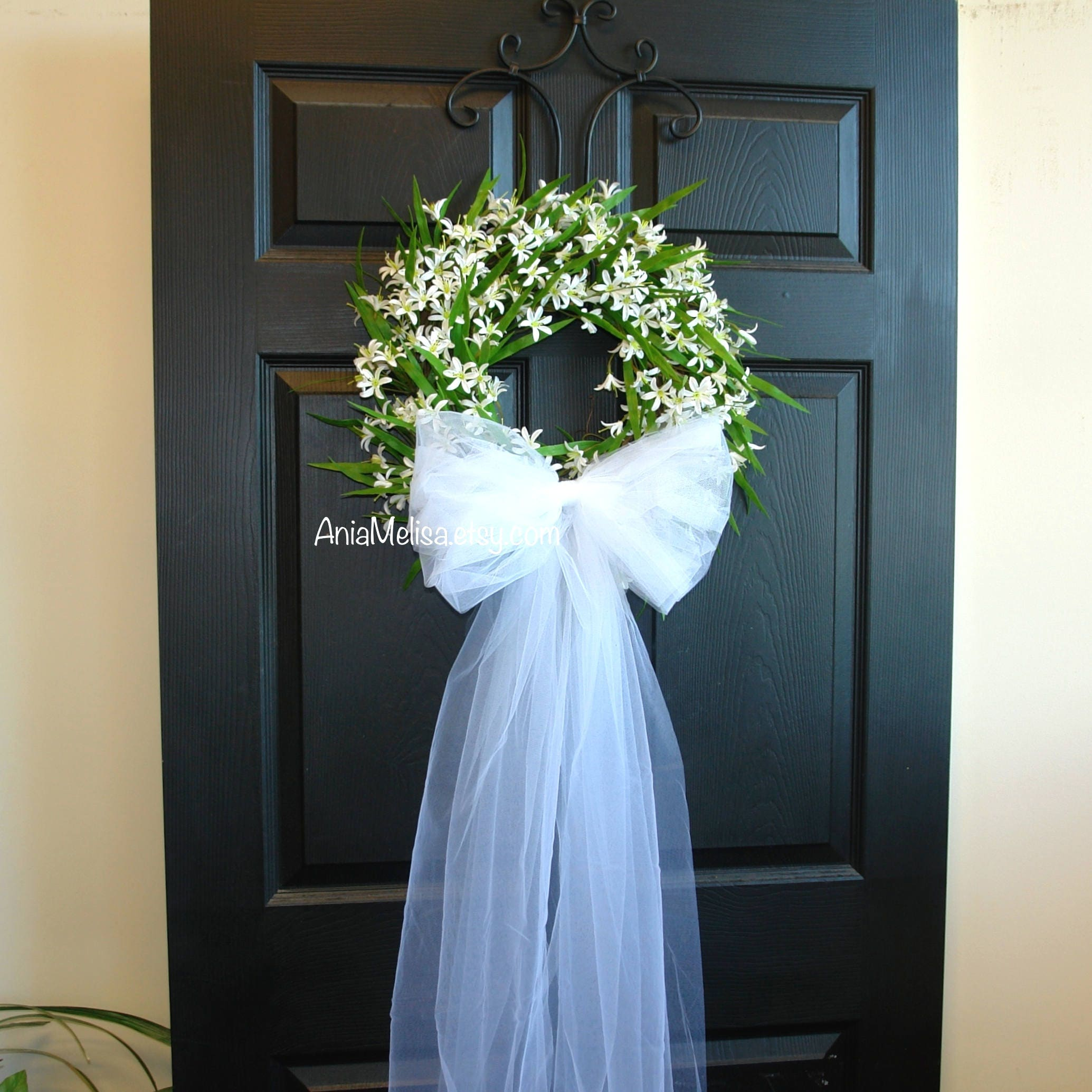 7 Barn Wedding Decoration Ideas For A Spring Wedding: Spring Wedding Wreaths For Front Door Wreaths Wedding Bridal