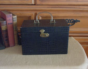 Train Case Vintage 1940's with Key