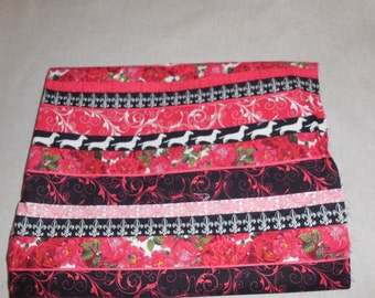 Destash-Almost 1 Full Yard Of Red And Black Cotton Quilting Fabric