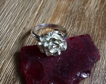 Ramblin Rose Ring (large bloom)