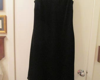 Classic vintage Evan Picone sleeveless V neck black velvet dress with swingy asymetrical hem.Holiday dress- sz 12 black velvet Evan Picone
