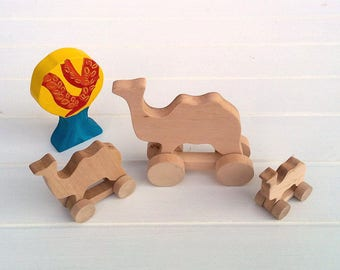 Wooden toys on wheels - Camel