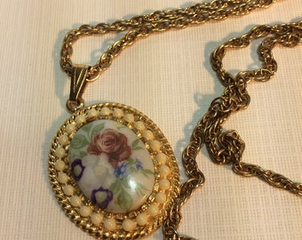 Vintage Handpainted Porcelain Cameo Necklace