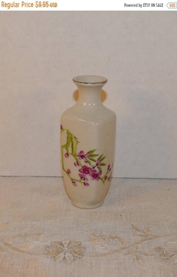 Delayed Shipping Miniature Purple Flower Vase Vintage Small Cherry Blossom Bud Vase Mini Gilded Porcelain Floral Vase Home Decor Windowsill