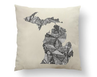 "16"" Black and White Michigan State Pillow w/ Insert, Throw Pillow, State Art, Michigan Gift, Housewarming Gift, Map Pillow, Throw Pillow"