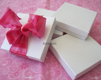 10 Jewelry Gift Boxes, White Gift Boxes, Kraft Boxes, Wedding Favor Boxes, Bridesmaid Gift Box, Boxes with Lids, Cotton Filled 3.5x3.5x1