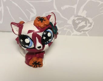 OOAK hand painted red and white cat with orange flowers - LPS (Littlest Pet Shop Custom)