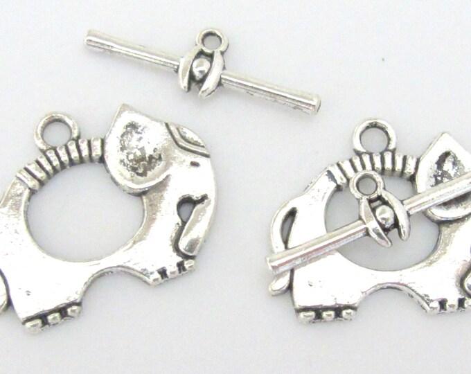 2 clasp sets - Silver tone elephant toggle clasp - BD572