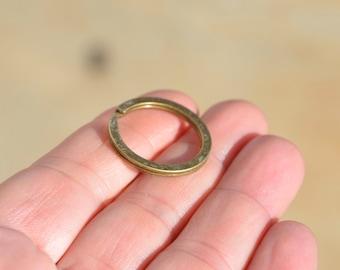 1 Antique Bronze Key Ring Holder  F410
