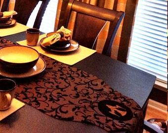 Elegant Taffeta Flocked Wing and a Prayer Table Runner