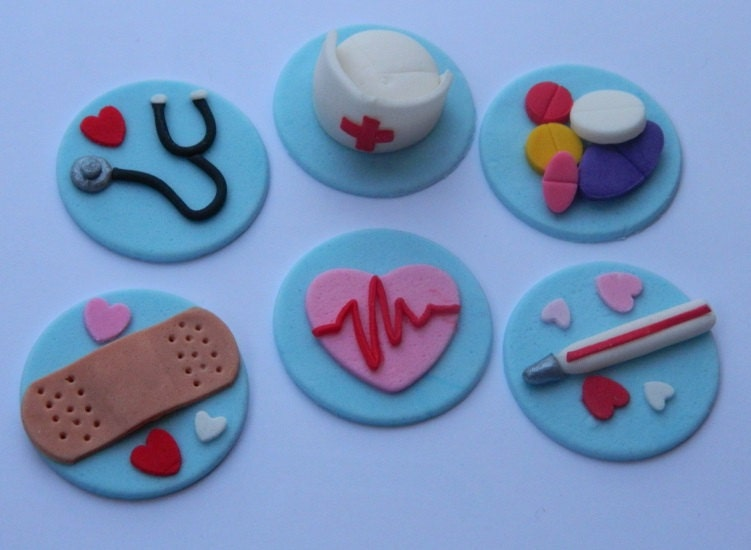 12 edible 3d NURSING CUPCAKE ICING toppers medical doctor nurse