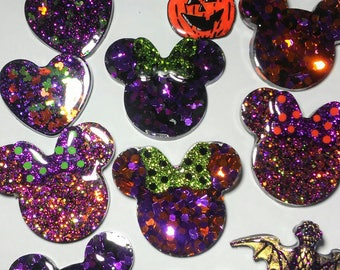 Mystery Pin/Brooch 4 pack - Halloweeny-Disney Theme Grab Bag