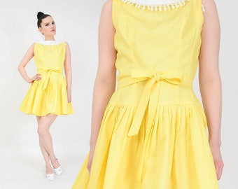 50s Yellow Cotton Mini Dress | size S M | White Lace Collared Dress Pleated Skirt Dropped Waist Sundress with Tie Belt By Teena Paige