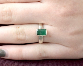 Petite Faceted Emerald Ring // Emerald Jewelry // Beryl Jewelry // Sterling Silver // Village Silversmith