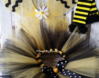 Bumble Bee Costume  - Baby Girl Halloween Costume - Girl Bumble Bee Tutu - Bee Party - Black and Yellow Tutu - Bumble Bee Wings