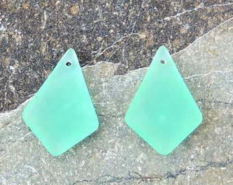 Cultured Sea Glass diamond pendants, Autumn green, 28x20mm, 2pcs