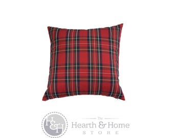 Holiday  Red Plaid  Decorative Throw Pillow Cover Christmas  Pillow   , Red Green Plaid, Tartan Pillow Cover , Farmhouse Christmas