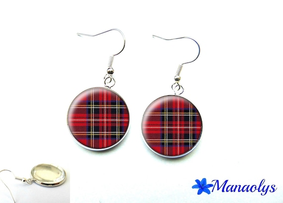 Red and black Plaid 1624 glass cabochons earrings