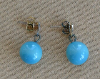 Pretty Vintage Aqua Blue 10mm Bead Dangle Pierced Earrings (AN2)