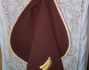 """Tea towel embroidered """"banana"""" to hang handmade"""
