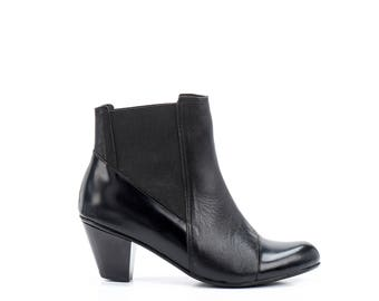 Black Leather Boots / Ankle booties / Stretch Side Panel Boots /Womens Shoes / Casual Leather Boots / Designer High Heels - Pumma