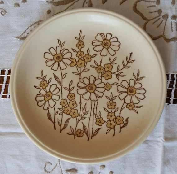 Vintage 1970\'s Biltons Ironstone Brown and Cream Floral
