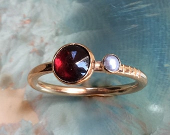 Garnet ring, January birthstone ring, Gold Filled ring, stacking ring, personalised ring, dainty ring, gemstone ring - Truly happy R2576