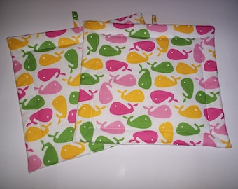 Set of 2 Potholders in Whale print fabric.