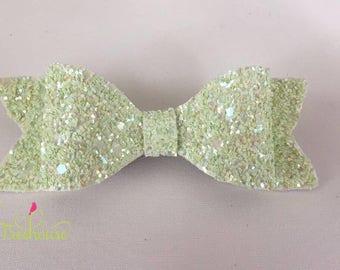 Key Lime Pie glitter bow