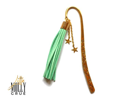 Gold bookmark - Tassel bookmarks - Bookmark metal - Book lover gift - Literary gifts - Bookishly - Reading teacher gift - Bibliophile gifts