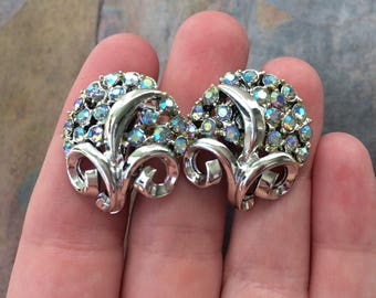 Vintage Coro bouquet clip on earrings with blue aurora borealis rhinestones-vintage costume jewelry-mid century jewelry