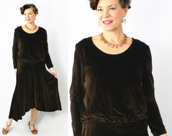 "20s Dress / 1920s Dress / Flapper Dress / Velvet Dress / Antique Dress / Great Gatsby / Brown Velvet / Asymmetric / Long Sleeve / Bust 36"""